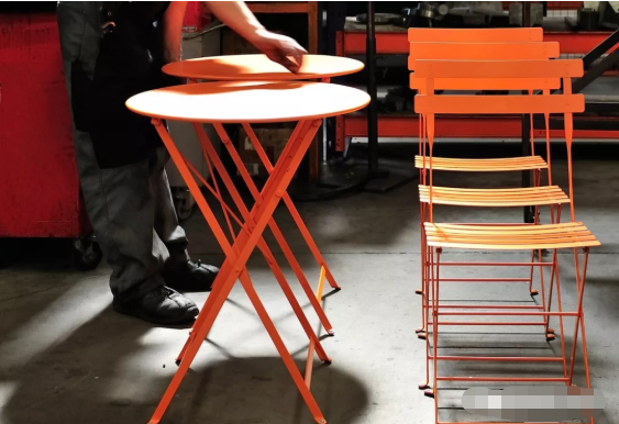 fermob - BISTRO TABLE 圆桌